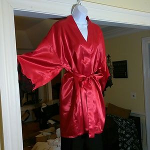 Frederick's of Hollywood red and black kimono